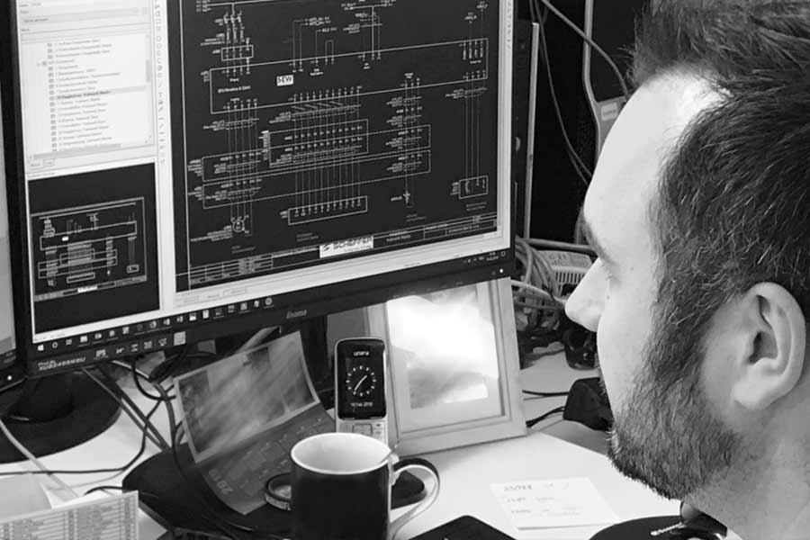 Programmierung  Alphatec Systems